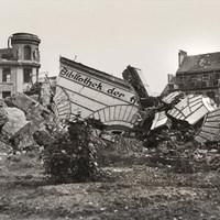 Ruinenansicht 2 Hauptgebäude Speersort 1949.jpg